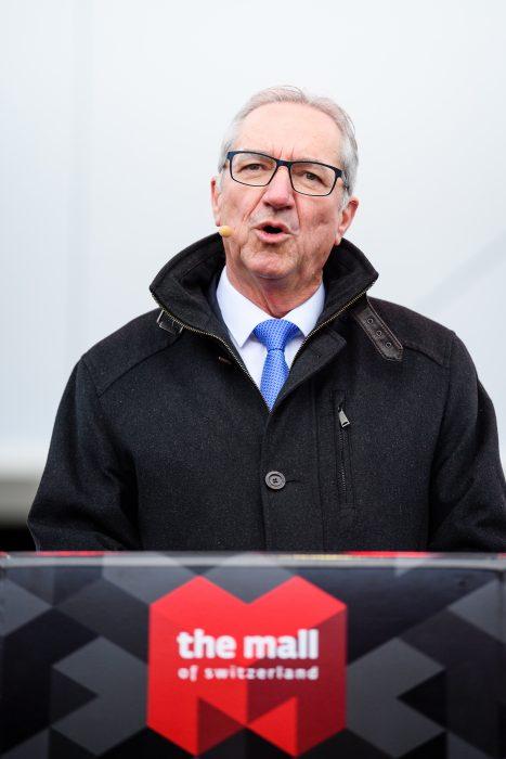 FDP Regierungsrat Luzern Robert Kueng spricht an der Eroeffnung der Mall Of Switzerland, fotografiert am Mittwoch, 8. November 2017 in Ebikon. (PPR/Manuel Lopez).